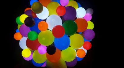 Coloured dots