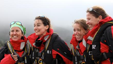 01 Physio leads crew rowing from US to Australia
