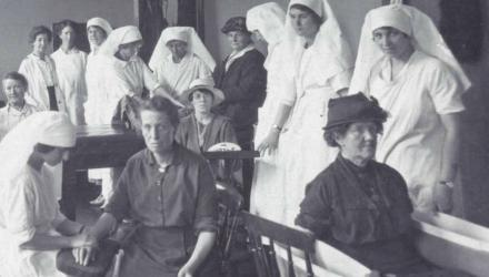 1910 - Historical image of a female physiotherapy room in Paddington